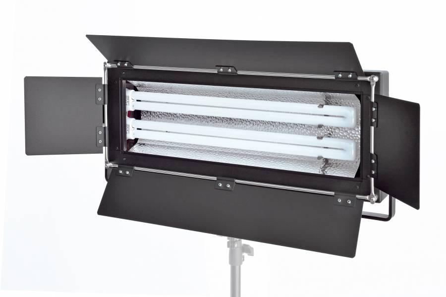 BRESSER MM-07 Foto-/Video-Tageslichtlampe 2x55W